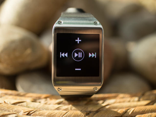 samsung-galaxy-gear-12_610x458