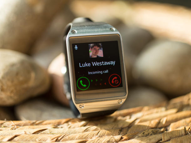 samsung-galaxy-gear-22_610x458