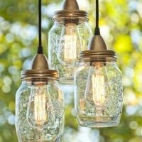 Faça você mesmo: luminária com pote de vidro