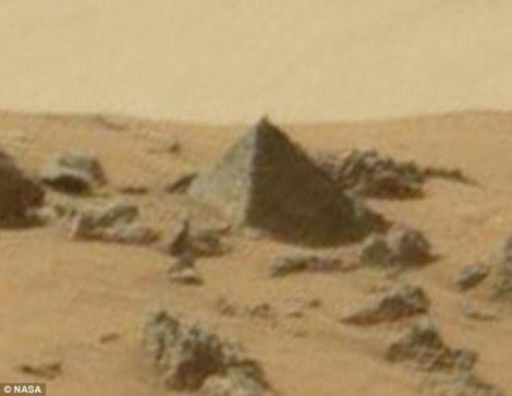 nasa piramide em marte
