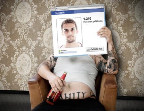 Mentiras no Facebook