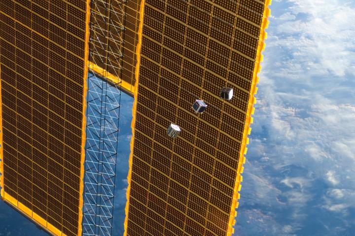 Os pequenos satélites em forma de cubo