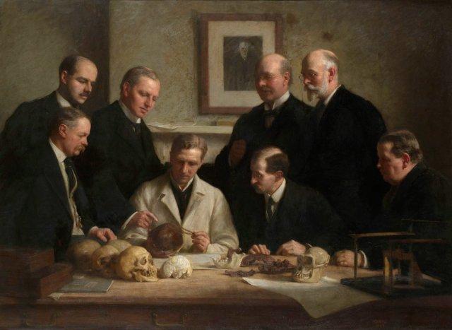 A significância do espécime permaneceu objeto de controvérsia até que, com o avanço da ciência, foi declarada em 1953 como uma fraude