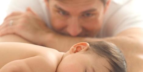 Os pais passam seu DNA para seus filhos