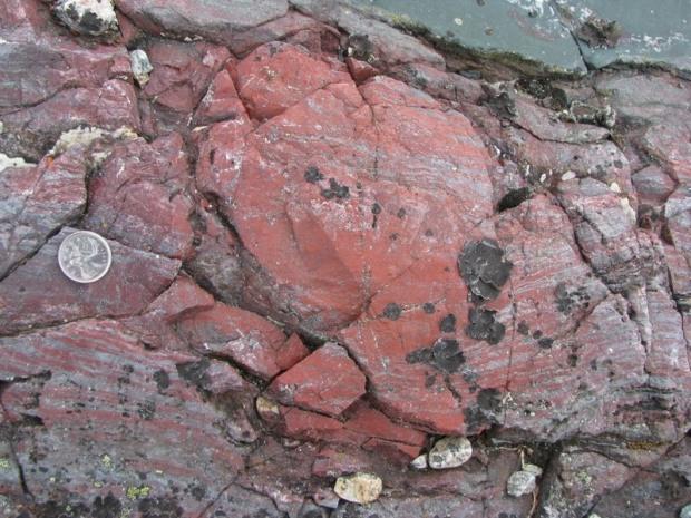Rocha vermelha no Quebec